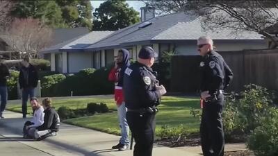 Un muerto y 12 hospitalizados, el saldo de una sobredosis masiva en una vivienda de California