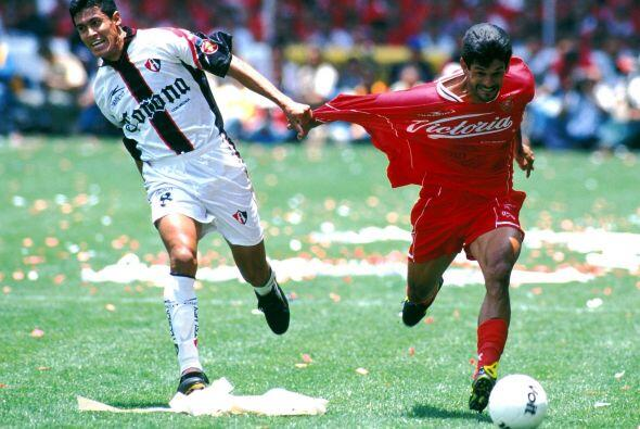 La siguiente final entre primero y segundo lugar fue en el torneo Verano...