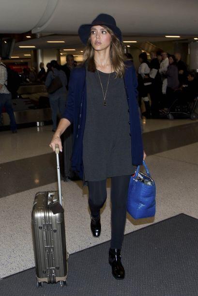 Incluso en los lugares menos esperados, como el aeropuerto, Jessica siem...