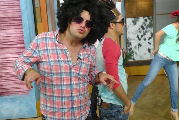 ¡Yeah, baby! Así luce Paul, un poco 'torcido'.
