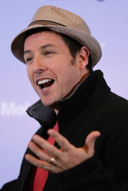 Adam Sandler alcanzó a figurar en el Top 10 de los actores mejor pagados...
