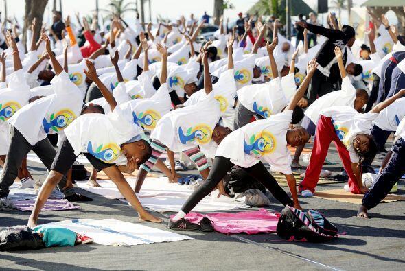 Cientos de niños se unieron a la celebración en Durban.