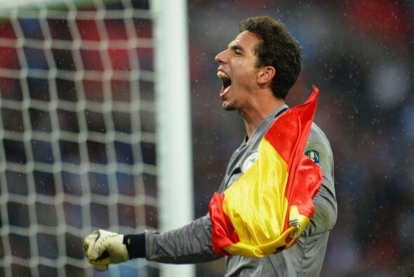 La portería es para un español que levantó un título en Inglaterra, Joel...