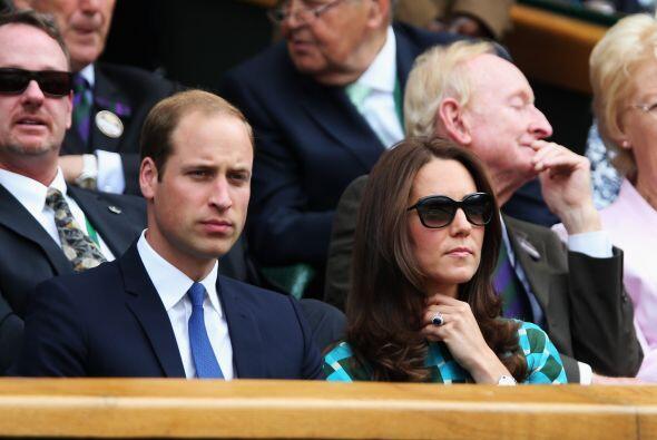 El Príncipe William y Kate Middleton Mira aquí los videos más chismosos.