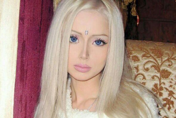 Valeria Lukyanova se convirtió en una de las jovencitas más famosas, deb...