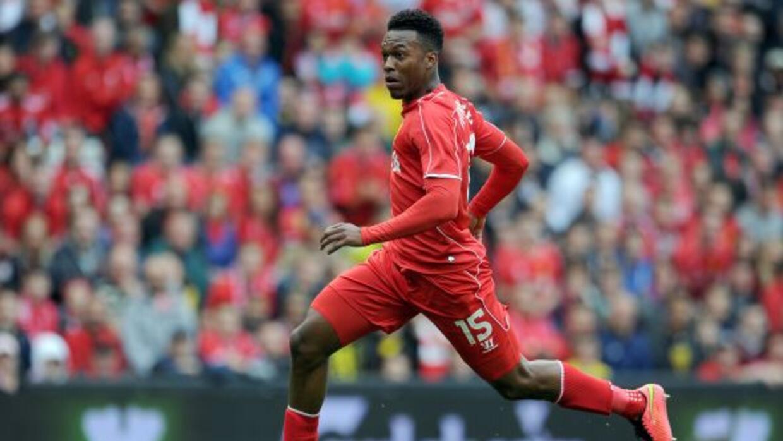 El delantero inglés firmó una extensión de contrato hasta 2019.