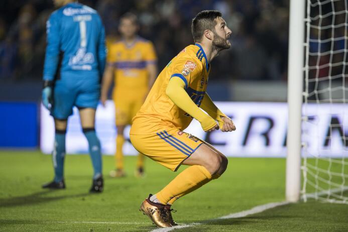 En fotos: ¡El campeón está de regreso! Los Tigres rugieron ante los Sant...