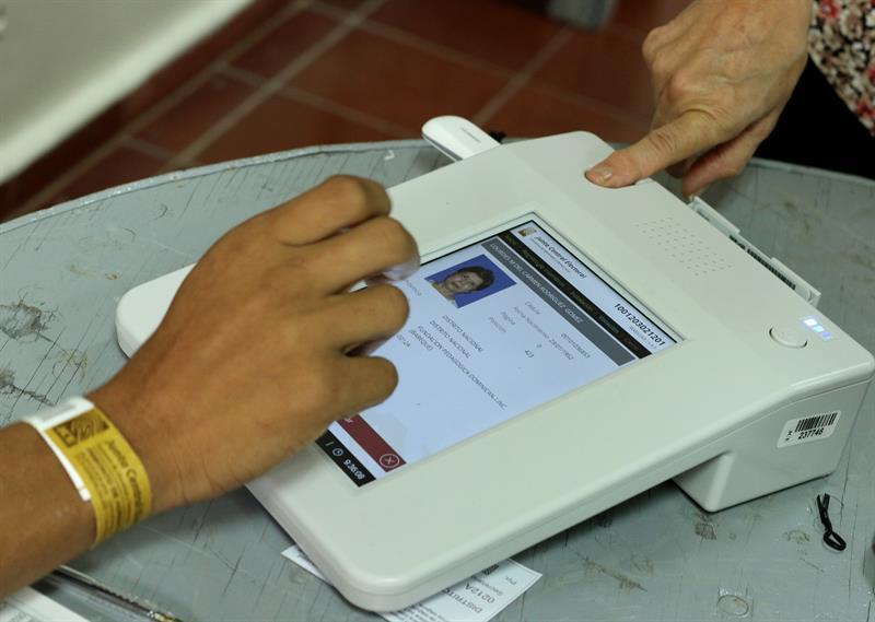 En Santo Domingo funcionó el sistema electrónico.