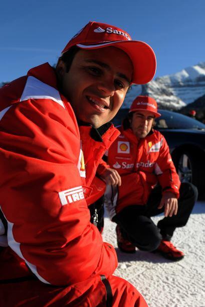 Tanto Massa como Alonso aprovecharon cada momento para tomarse las fotos...