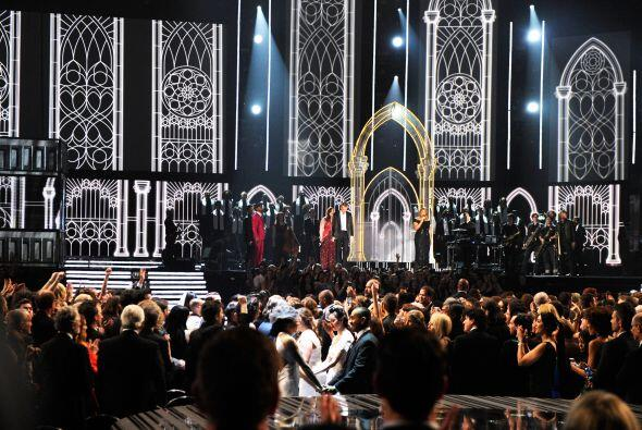 Y no sólo fueron las presentaciones de los nominados quienes siem...