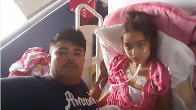 """""""La traje por una tos y terminó en cuidados intensivos"""": padre de niña hispana con mielitis flácida aguda"""