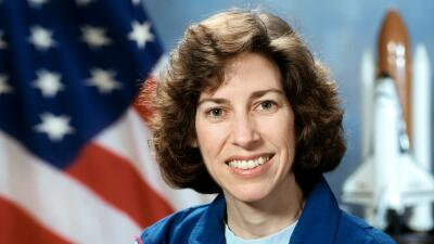 Ellen Ochoa fue la primera mujer hispana en el espacio.