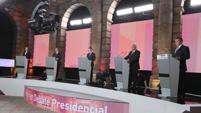 Los cinco candidatos a la presidencia de México durante el primer...