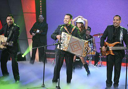 Los Inquietos del Norte presentaron su nuevo disco 'La Borracherra'.