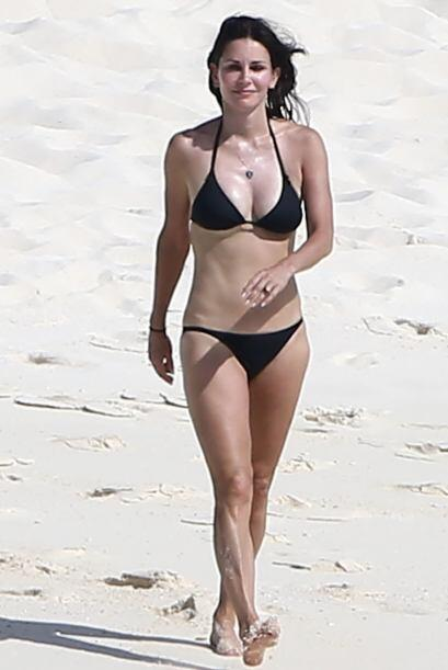 ¡Otra madurita que nos deja boquiabiertos es la actriz Courteney Cox! Us...