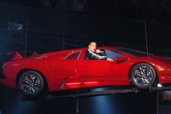 No podemos olvidar el fantástico debut de Daddy Yankee, quien entró en u...