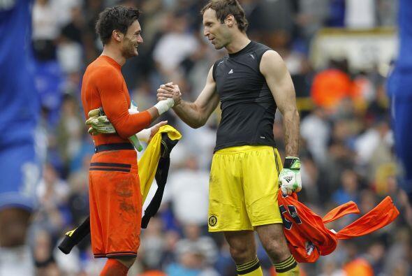 Chelsea y Tottenham empataron a un gol en un partido de viejos conocidos...