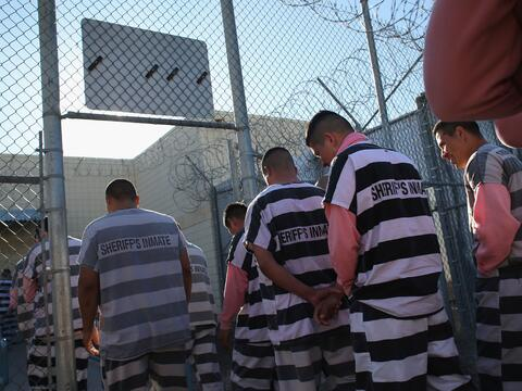 Dentro de la controversial cárcel de Arpaio: Tent City