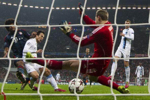 Lo que parecía una clara victoria del Bayern se complicó cuando el españ...