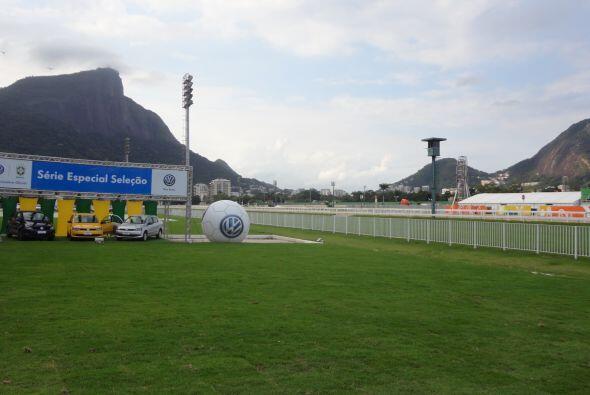 El Jockey Club de Río de Janeiro ofreció una exhibición especial llamada...