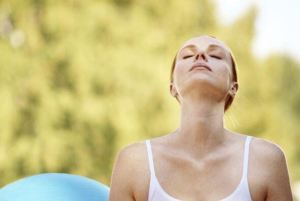 3. Respira. Prueba este ejercicio de respiración provisto por el sitio d...