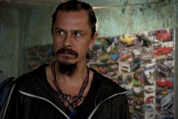 Gustavo Sánchez Parra interpreta a 'El Gomorra', un boxeador involucrado...