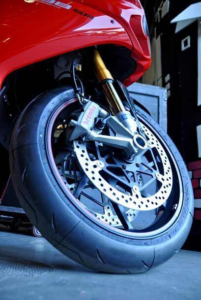 La tecnología de las motos Ducati incluye lo más avanzado en sistemas de...