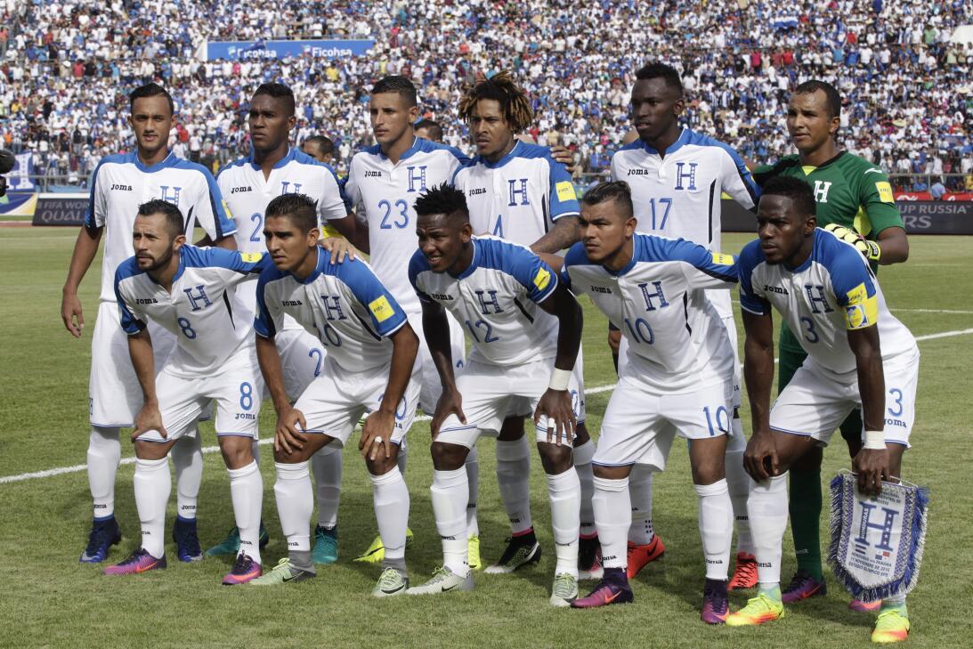 Panamá venció a Honduras en el duelo de técnicos colombianos AP_79282805...