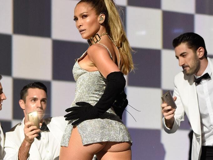 Khloé Kardashian copia a Jennifer López jlo-butt1.jpg