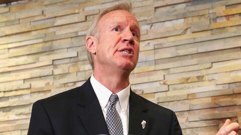 Gobernador Rauner veta la ley que aumentaría el salario mínimo a 15 dóla...