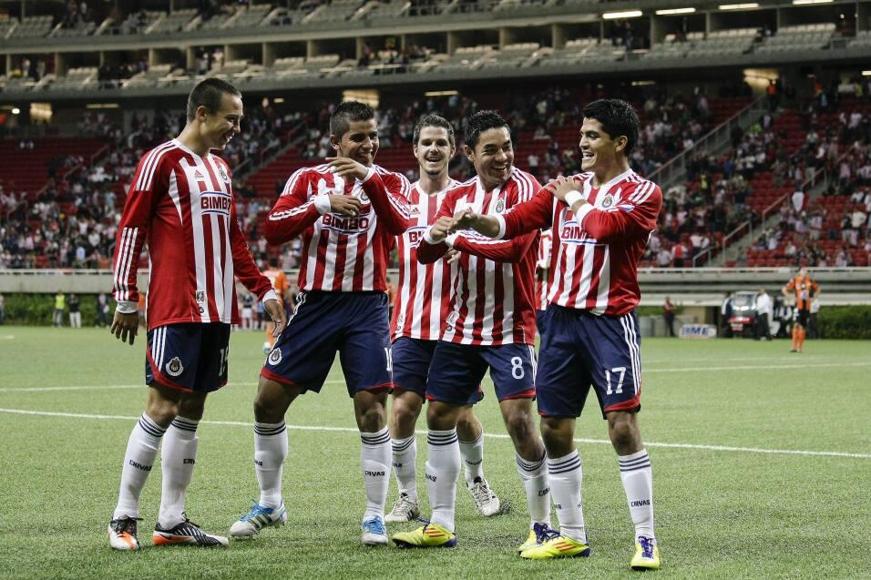 Cruz Azul estaría cerca de firmar a Raúl Ruidíaz Chivas Apertura 2011.jpg