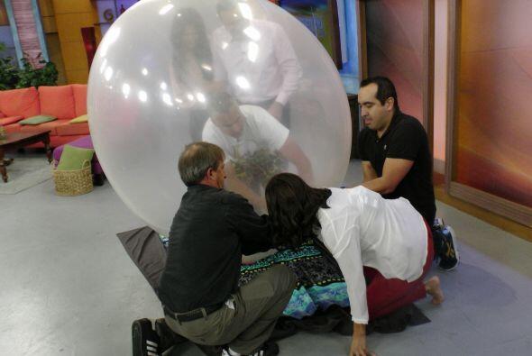 Hay que ser bastante cuidadosos pues la burbuja puede reventarse.