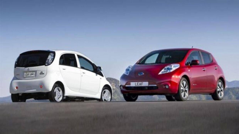 Nissan y Mitsubishi se unieron para producir un auto eléctrico de bajo c...