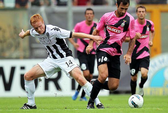Y esta derrota tenía que ser aprovechada por la Juventus, que se metía a...