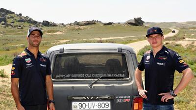 La 'escapada' de los pilotos de Red Bull, entre el colorido de Fórmula 1 en Azerbaiyán
