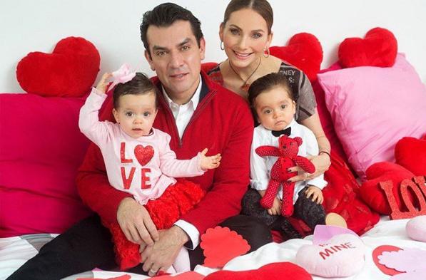 Elizabeth Álvarez y Jorge Salinas hijos