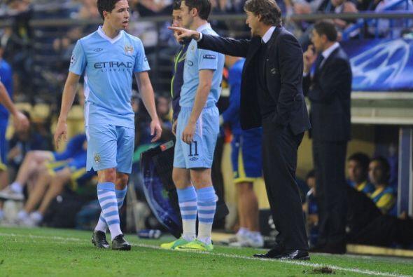 Roberto Mancini busca mantener el buen nivel en la Liga Premier y en la...