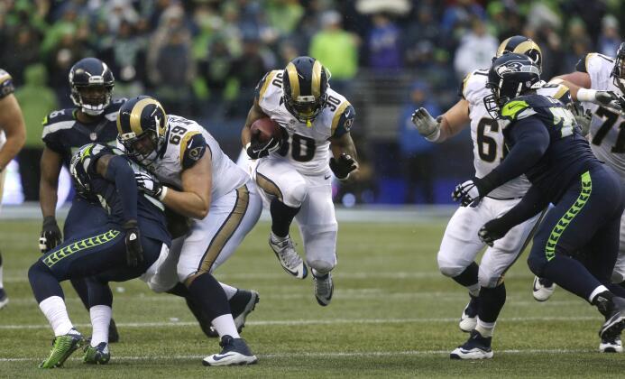 Los St. Louis Rams le ganaron 23-17 a los Seattle Seahawks, segundo triu...