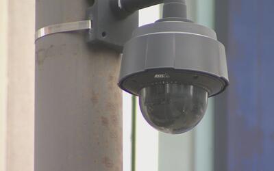 Se cuestiona la invasión de privacidad en el uso de cámaras de vigilanci...