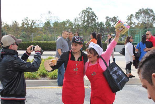 Eso si, todo el staff de Univision aprovechó para tomarse la foto.