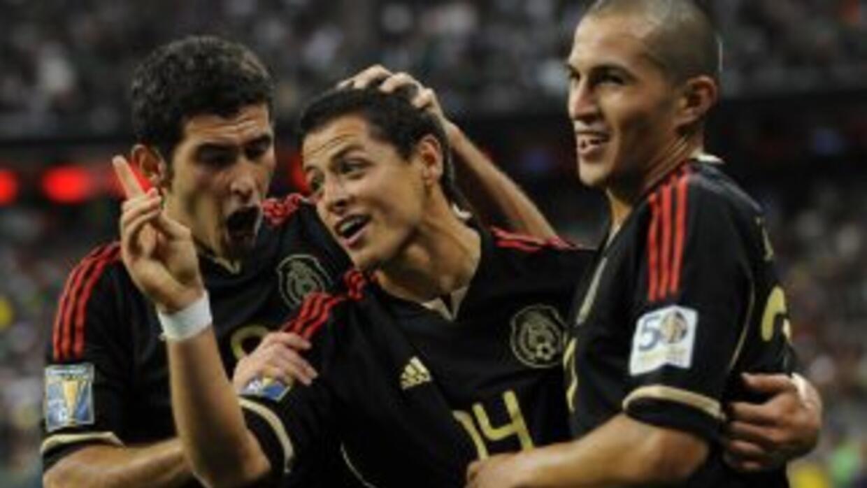 Efarí Castro, Javier Hernández y Torres Nilo estarán con el Tri en septi...