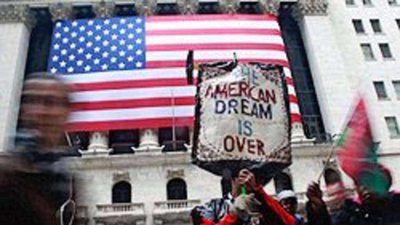 """Estadounidenses creen que el """"sueño americano"""" está cada vez más fuera d..."""