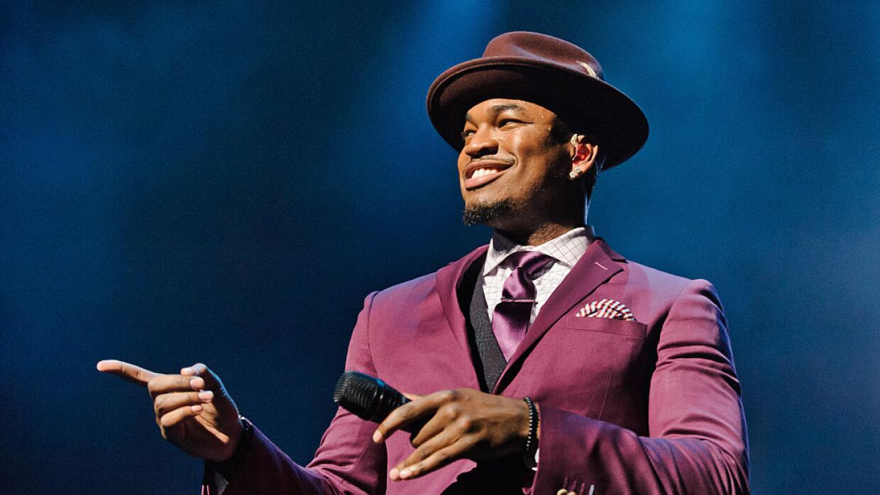 Singer Ne-yo performs at the Royal Albert Hall on November 5, 2014 in Lo...