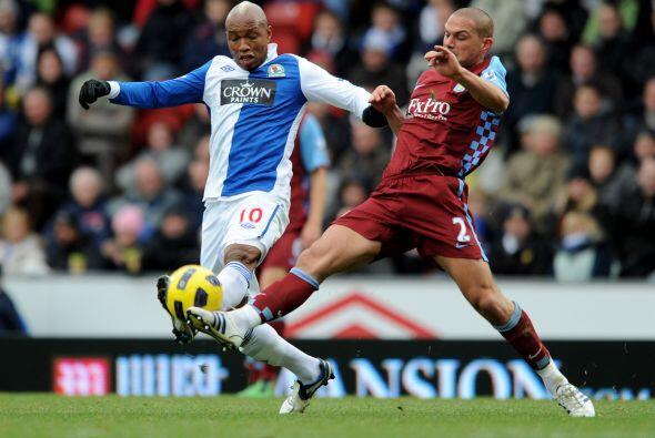 El otro duelo del día fue entre Blackburn Rovers y Aston Villa.