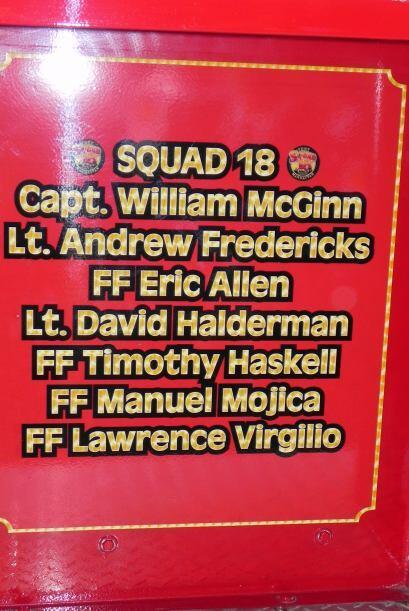 Carro bombero recuerda a sus caídos el 9/11 a4e152f5ddb447229bb9409ce7ea...