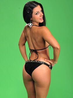 Así, sincera y sin rodeos, es la personalidad de Gianina Santos, otra ca...
