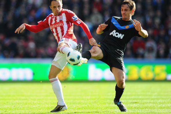 Stoke City empezó a apretar buscando el empate.