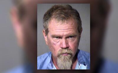 Matthew D. Hall, 52, enfrenta acusación por robo y ocultar partes...