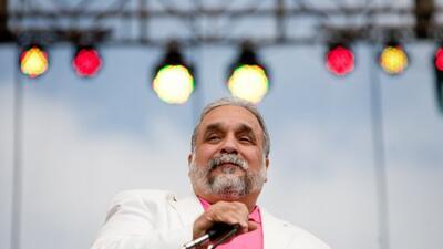 El salsero lanzó un tema en apoyo al candidato venezolano Henrique Capri...