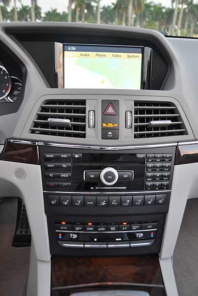 El sistema multimedia integra navegación, interfaz para iPod, sistema de...